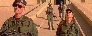 "Roland Emmerich dirigir� una nueva trilog�a de ""Stargate"""