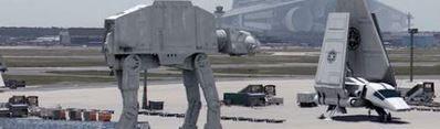 """Dos nuevos fichajes para """"Star Wars: Episodio VII"""" (y genial fake v�deo del rodaje)"""