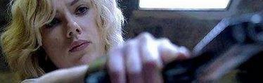 """La Johansson nos pone mucho en este nuevo clip de """"Lucy"""""""