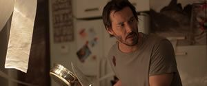 """Teaser Trailer de """"Knock Knock"""", lo nuevo de Eli Roth"""