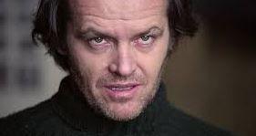 """Adam Savage construye el laberinto de """"El Resplandor"""" a escala"""