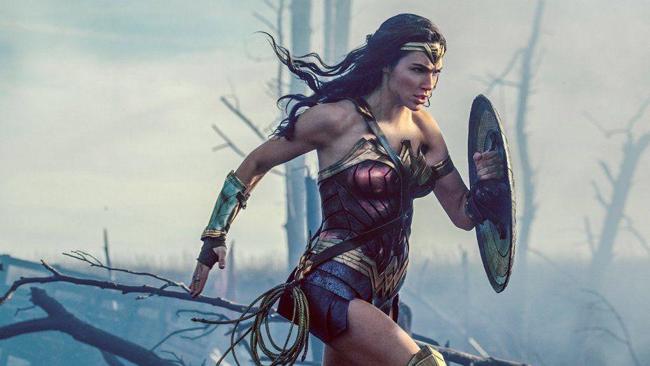 """""""Wonder Woman"""" ya es el título del universo DC más taquillero en USA"""