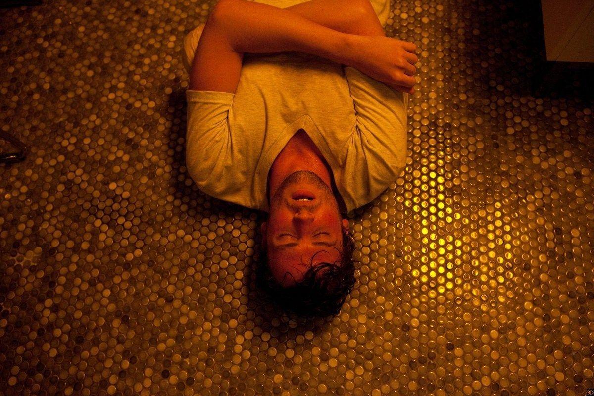 """""""Bad Match"""": Primeras imágenes oficiales de la película de David Chirchirillo"""