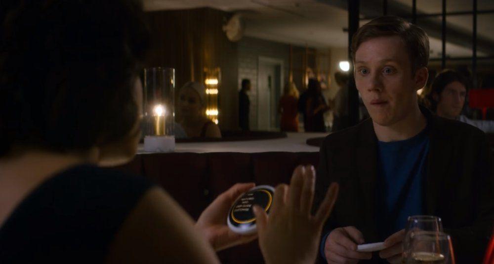 """""""Black Mirror"""": Tráiler de Hang the DJ, episodio de la 4ª Temporada"""