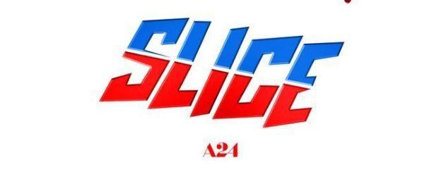 """El nuevo póster de """"Slice"""" es una versión sangrienta de Domino´s Pizza"""