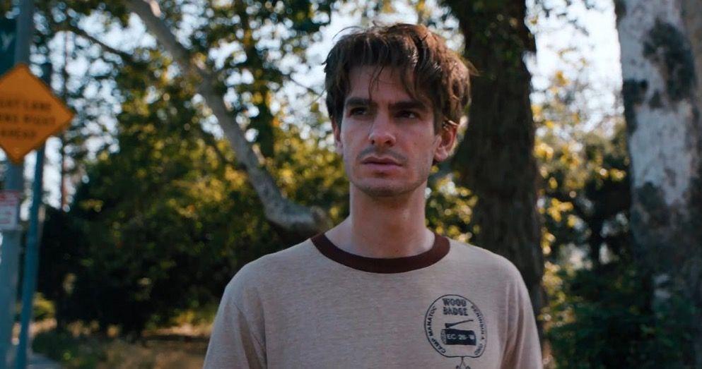 """""""Lo Que Esconde Silver Lake"""": Tráiler español de la película de David Robert Mitchell."""
