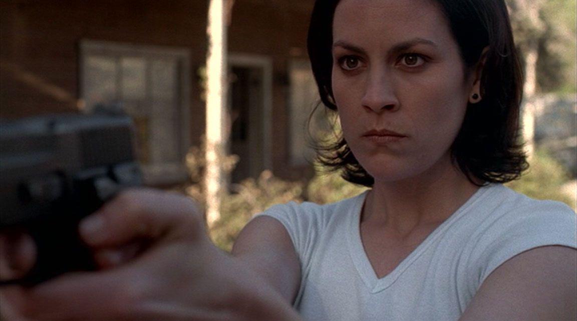 Anabeth Gish regresara como Monica Reyes